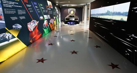 Lamborghini y su particular Paseo de la Fama: los 'toros' del cine estarán en el museo de la marca