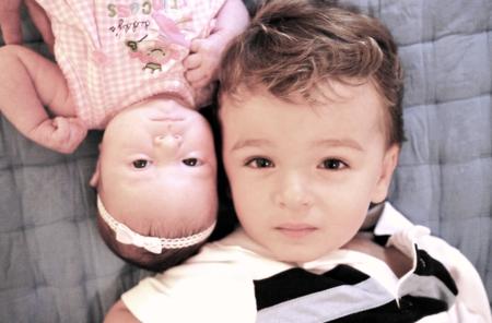 Cómo criar a los niños para que crezcan felices y no sientan celos por sus hermanos
