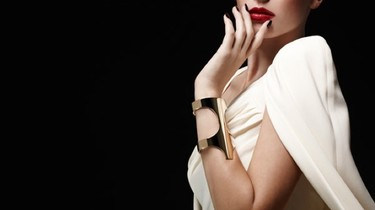 Brian Atwood se mete al diseño de joyas