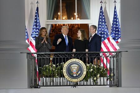 A una semana de las elecciones de Estados Unidos, Melania Trump luce el dos piezas más elegante y sobrio hasta la fecha