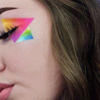 La geometría se cuela en nuestros maquillajes y crea formas tan rectas y bonitas como estas