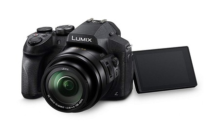 Superzoom, WiFi, vídeo 4K... la completa cámara bridge Panasonic Lumix DMC-FZ300, hoy en Amazon sólo cuesta 339,90 euros