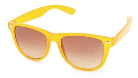 Gafas amarillas tipo Wayfarer en Zara