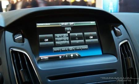 Ford Sync 2 02