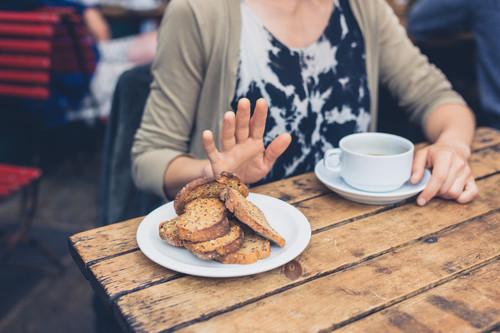 Alergias, intolerancias y contaminación cruzada en los restaurantes: cómo comer fuera de casa de forma segura