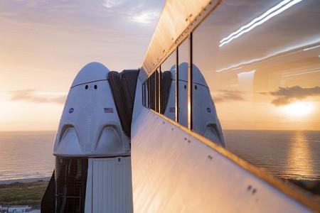 SpaceX y la NASA van por el segundo intento: así podemos seguir en vivo desde México el histórico lanzamiento de la Crew Dragon