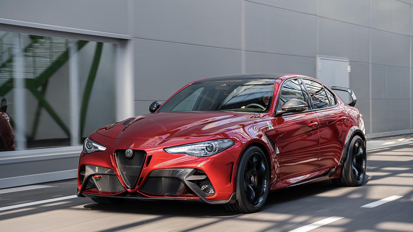 Alfa Romeo Giulia GTA: Características, fotos e información