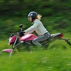 Foto 28 de 51 de la galería yamaha-xj6-rosa-italia en Motorpasion Moto