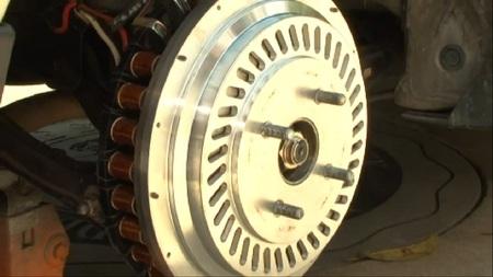 Se presenta un nuevo sistema de retrofit para convertir cualquier coche en híbrido enchufable