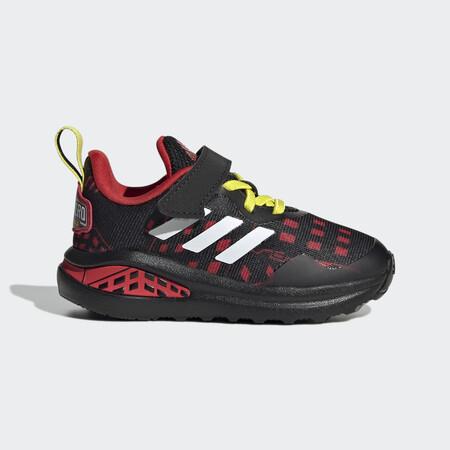 Adidas Superheroe