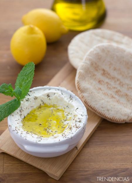 Dip de queso feta y limón. Receta