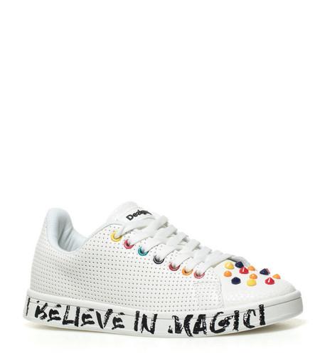 En eBay tenemos estas zapatillas Desigual por 43,90 y envío gratis