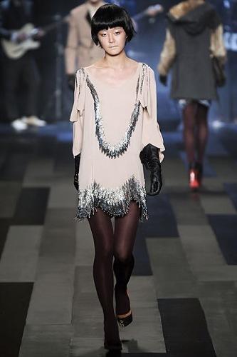Los 10 mejores vestidos para esta Navidad, 3.1 Phillip Lim