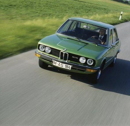 BMW-Serie5-1generacion-05