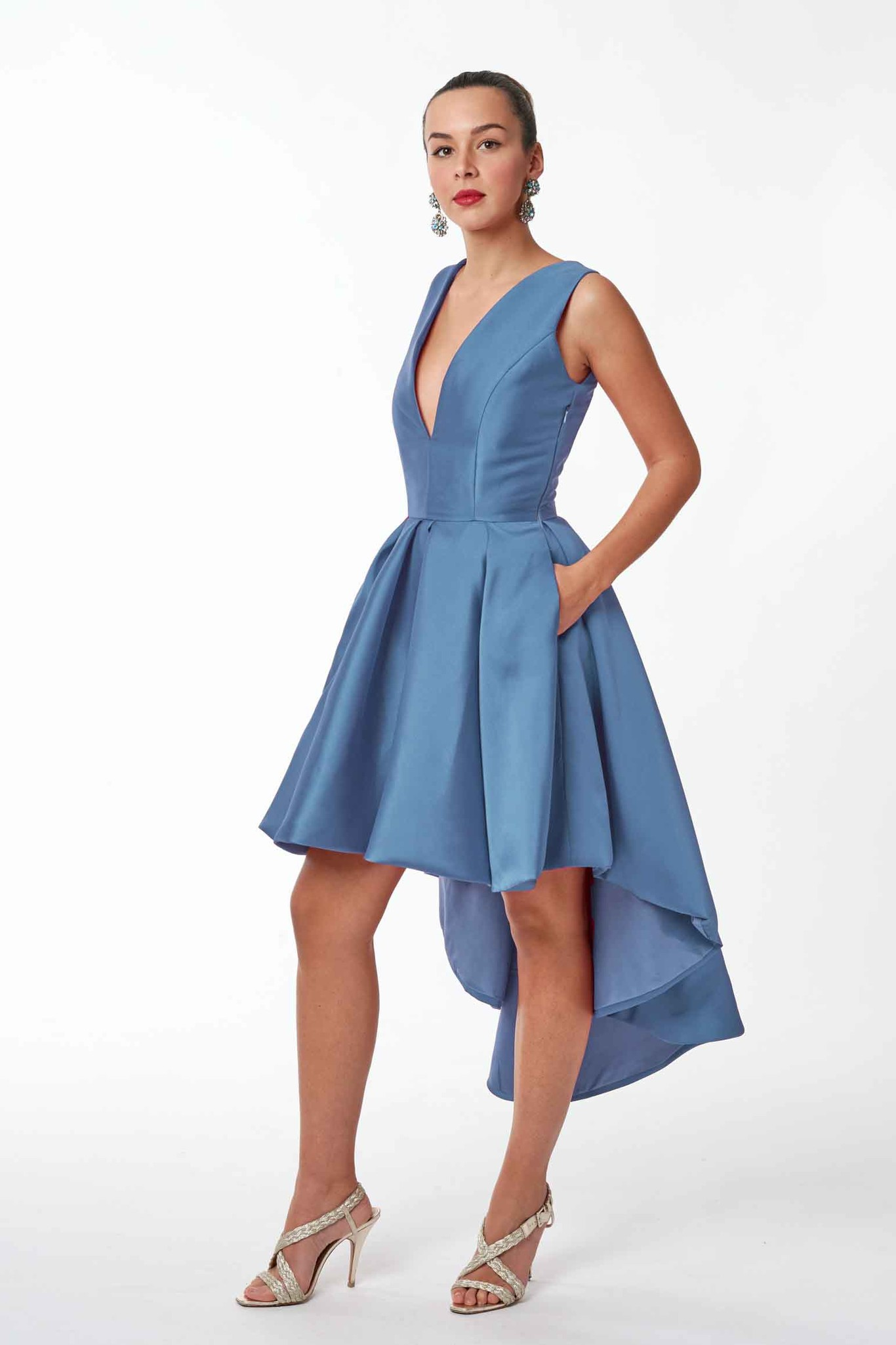 17 Dresses to be the Star of a wedding Party