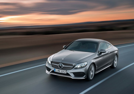 Mercedes Benz C Class Coupe 2017 800x600 Wallpaper 04