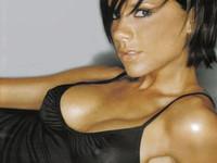 Victoria Beckham será la nueva imagen de ropa íntima de Emporio Armani