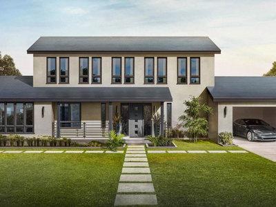 Los techos solares de Tesla ya están funcionando en hogares: la fase de pruebas se inicia en casa de Elon Musk