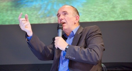 Peter Molyneux cree que el nuevo Dungeon Keeper es 'ridículo'