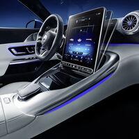 Mercedes-Benz añade una pantalla plegable al nuevo AMG SL Roadster 2022 para evitar que los rayos del sol deslumbren al conductor