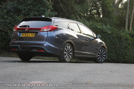 Honda Civic Tourer - contacto