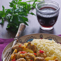 11 recetas de albóndigas para un picoteo del finde redondo