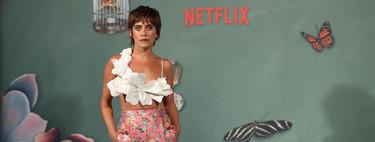 """Maria León se viste con muchísimas flores para acudir a la presentación de """"La Casa de las Flores"""" de Netflix"""