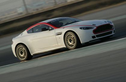 El Aston Martin Vantage GT4 jubila al N24