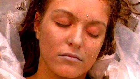David Lynch: 'Twin Peaks' y 'Fuego camina conmigo', grandísima serie y paupérrima película