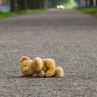 Un bebé es el único superviviente de un accidente de tráfico, gracias a que viajaba a contramarcha