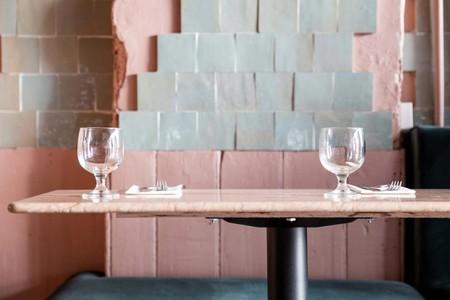 El encanto decadente con una pizca de diseño de un restaurante en unos de los barrios más cool de Londres