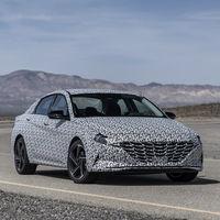 El Hyundai Elantra N-Line esconde su sabor deportivo bajo este camuflaje