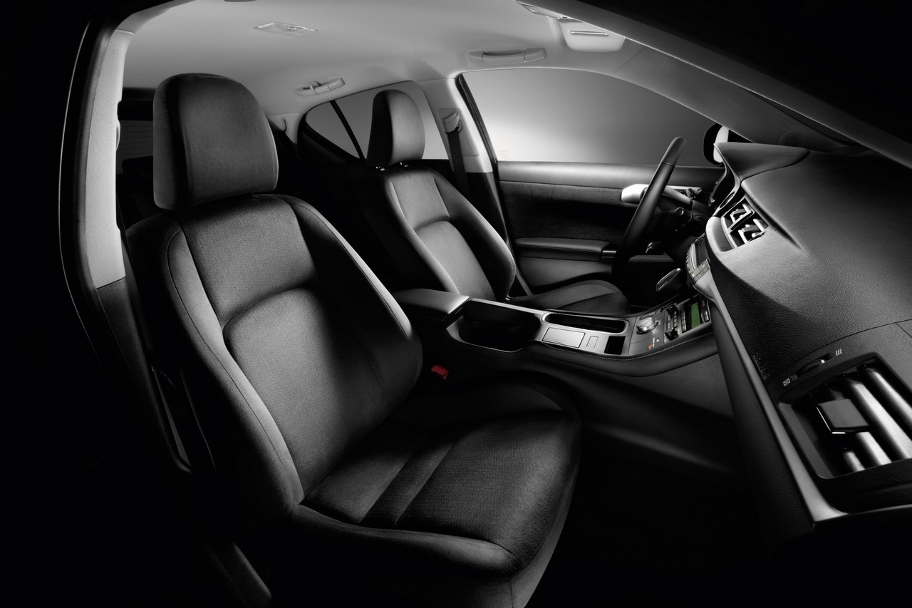 Foto de Lexus CT 200h (158/164)