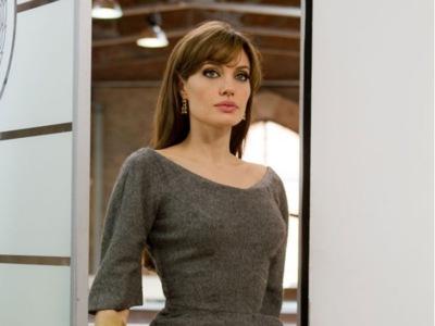 Angelina Jolie lo tiene claro: el cáncer no va a llevársela ni por todo cuanto hay