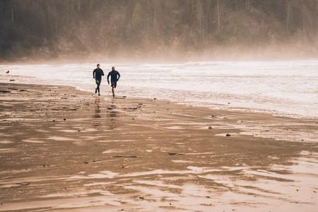 correr-playa-ejercicio