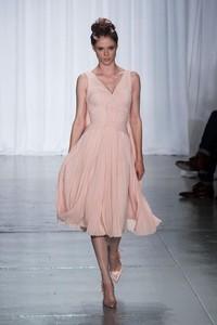 ¿Recogido romántico o efecto mojado? Zac Posen y Monique Lhuillier nos dan las claves en la Semana de la Moda de Nueva York
