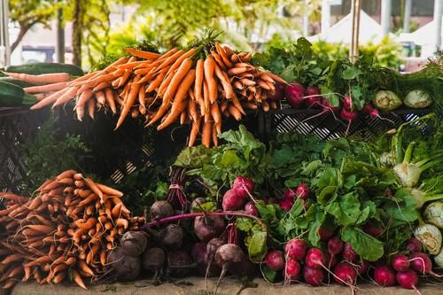 Cuando Mumumío intentó que compráramos la fruta y verdura al productor por Internet: así fracasó el marketplace en España