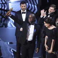 Jimmy Kimmel explica el increíble final de los Oscars y cuenta cómo pensaba acabar la gala