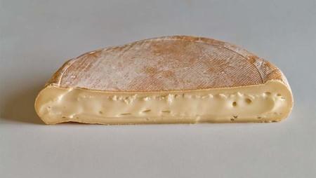 Retiran varios lotes de queso Reblochon en España tras la infección de siete niños por E. Coli en Francia