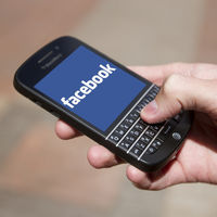 BlackBerry demanda a Facebook por infringir sus patentes de mensajería en WhatsApp, Messenger e Instagram
