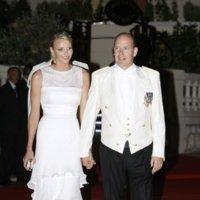 Los looks de la cena posterior a la Boda Real de Mónaco