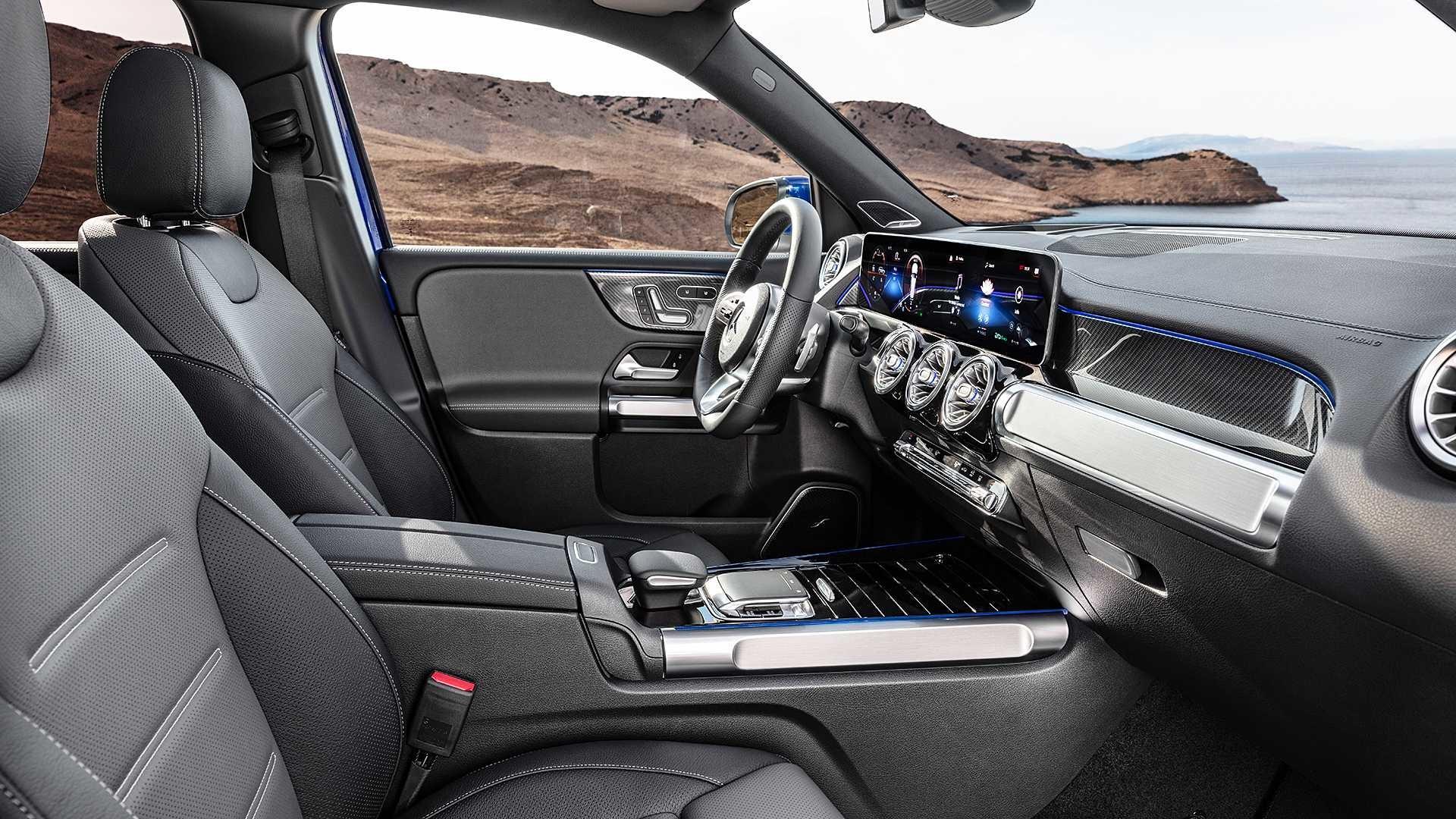 Foto de Mercedes-Benz GLB 250 4MATIC (14/15)