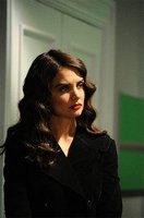 Katie Holmes es el nuevo rostro de John Frieda