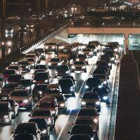 'Personajes en un atasco', el hilo de Twitter que mejor nos retrata a los conductores cuando estamos muertos de asco