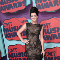 Shawna Thompson CMT Music Awards 2014
