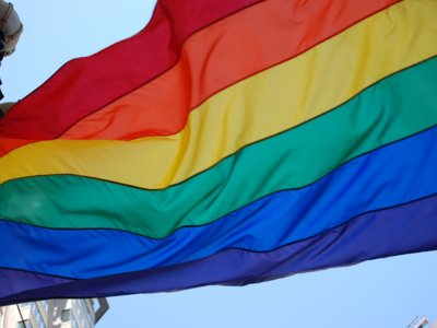 Feliz Día del Orgullo: 17 personajes LGTB que nos encantan