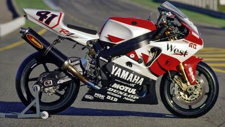 Yamaha Yzf R7 4