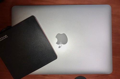 Unidades de CD/DVD externas compatibles con Mac: 7 opciones para grabar y reproducir discos en ordenadores de Apple