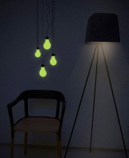 Apaga la luz, estos vinilos brillan en la oscuridad