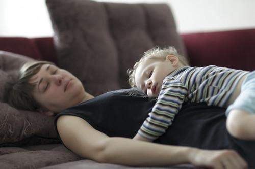 ¿Tu hijo aún la duerme? Siete beneficios de la siesta en los niños